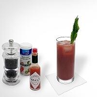 Bloody Mary en un vaso alto tipo Gibraltar