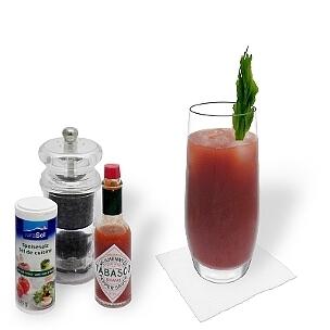 Bloody Mary es un cóctel aromático de los  Estados Unidos con vodka y zumo de tomate.