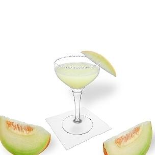 La copa de champán abierta es una buena alternativa para Frozen Melon Margarita.